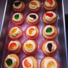 Hellen's B-day Cupcakes